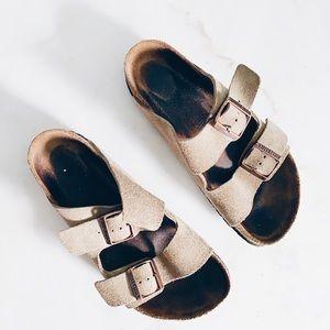 Birkenstock's Women's Arizona Sandals 39